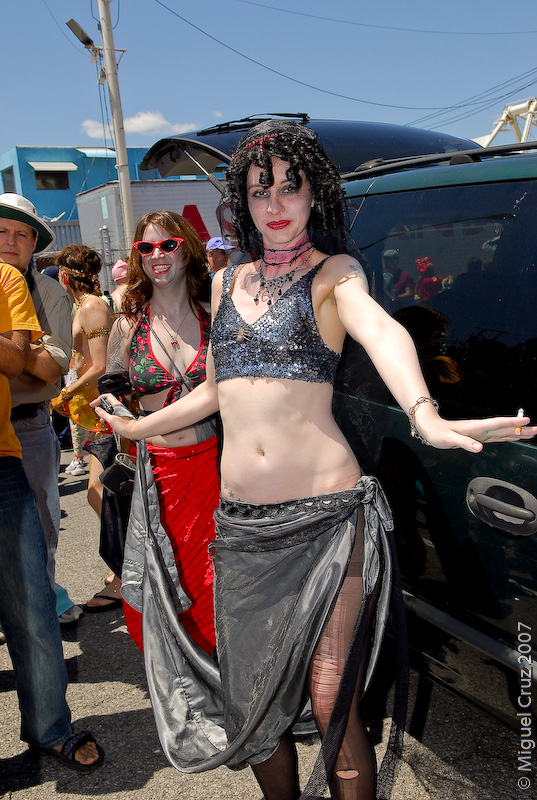 mermaidparade07-171.jpg