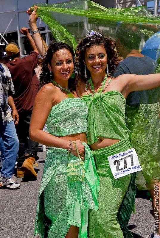 mermaidparade07-248.jpg