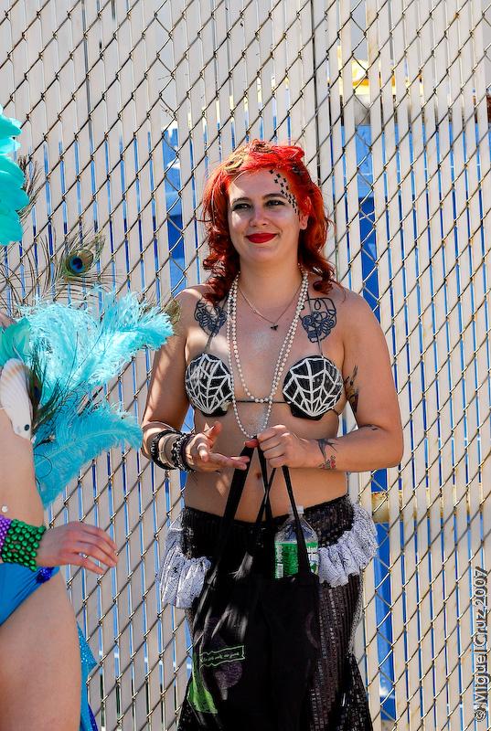 mermaidparade07-379.jpg