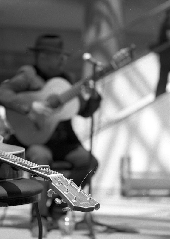 Guitarist, Ottawa, Canada