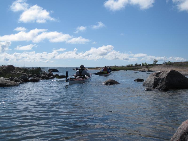 Smala passagen mellan Yxskär och Hemöarna