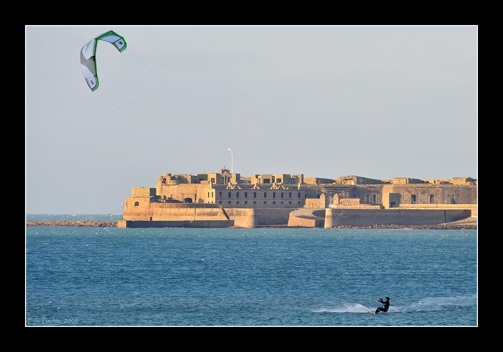 Kitesurfer (EPO_6493)