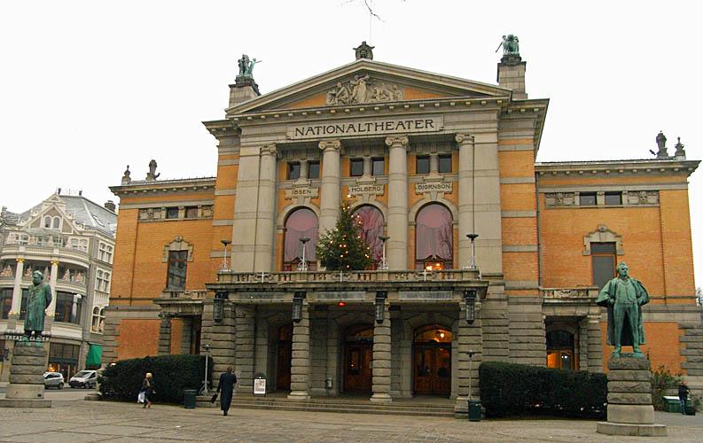 National Theater on Karl Johansgate