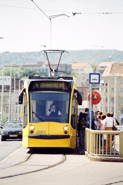 Combino - Combino tram 02.jpg