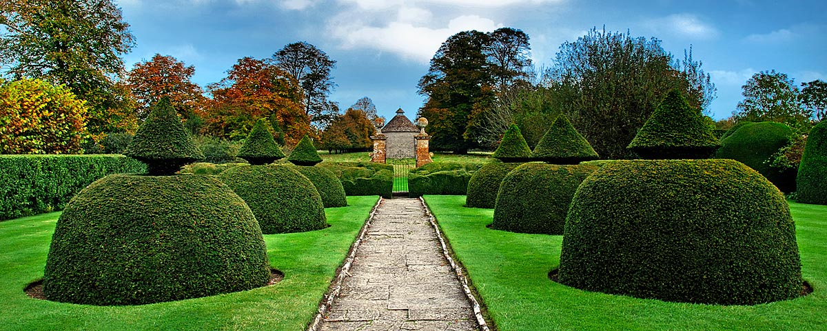 Topiary and dovecote, Lytes Cary