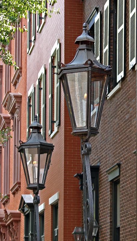 Gaslights at Decatur House