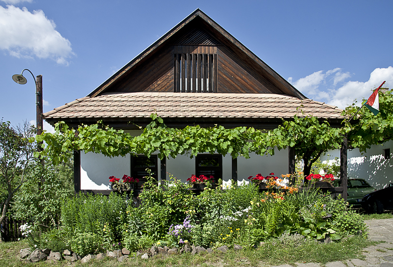 A very lived-in Hollókő house