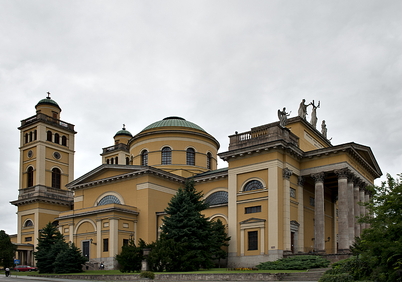 The monumental Eger Cathedral (1831-7)