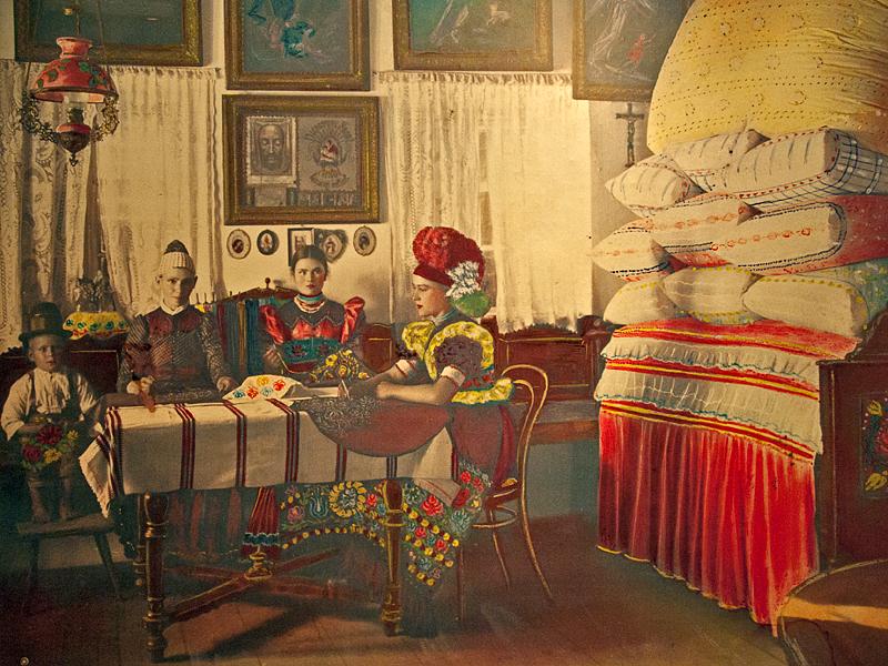 Matyó Museum, family portrait