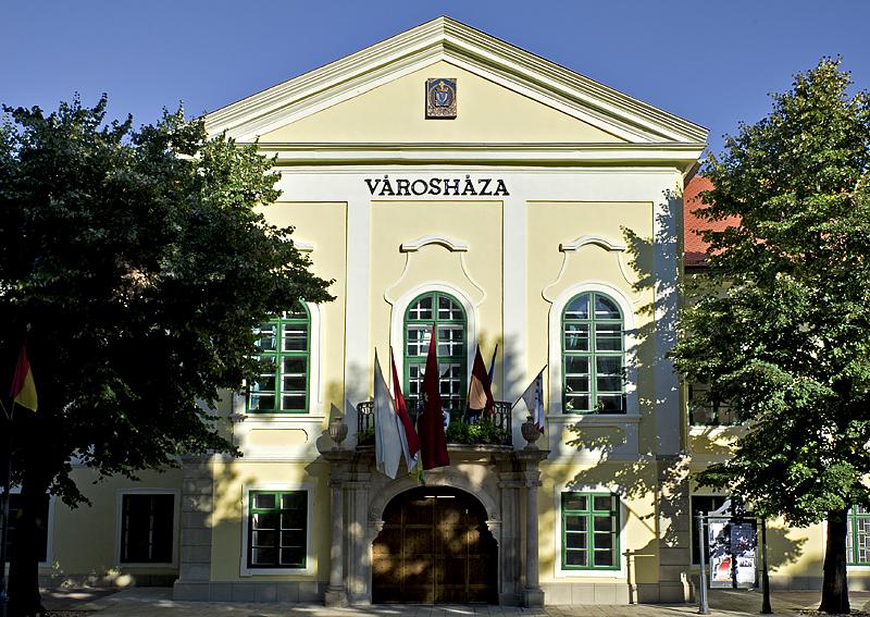Sátoraljaújhely, historic City Hall (1762-8)
