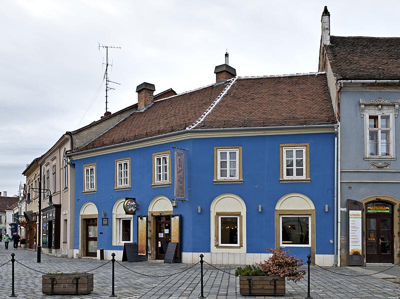 Very blue restaurant on the corner