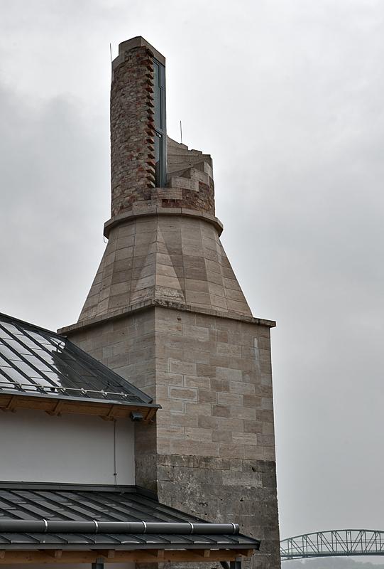 Viziváros, partially restored minaret