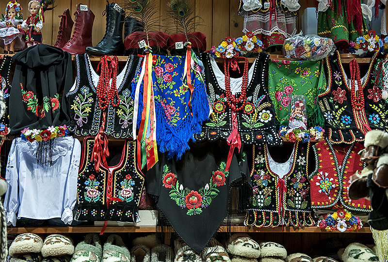 The Cloth Hall, Polish handcrafts