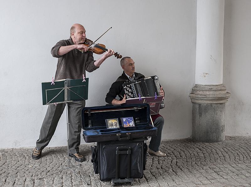 Street entertainment (1)