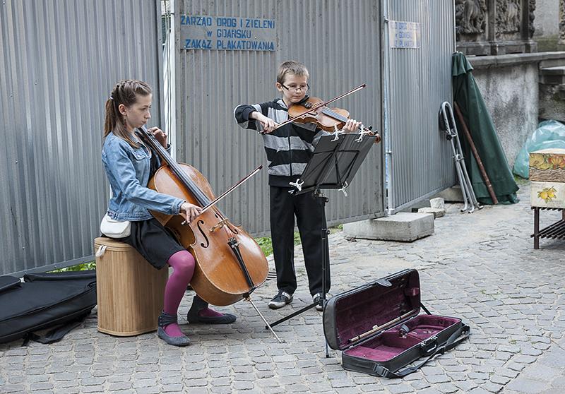 Street entertainment (4)