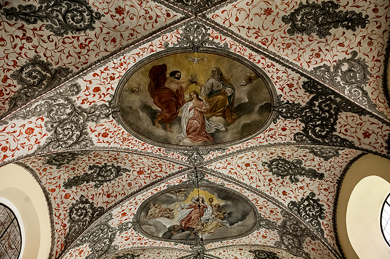 Oliwa Cathedral, ceiling, side chapel