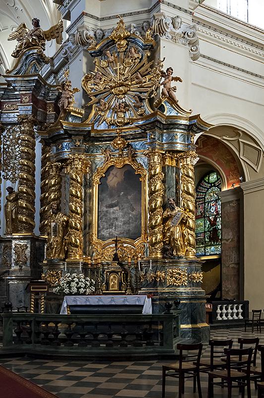 Bernardine Church, side altar
