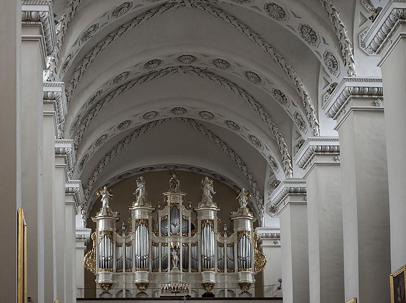 Vilnius Cathedral, organ