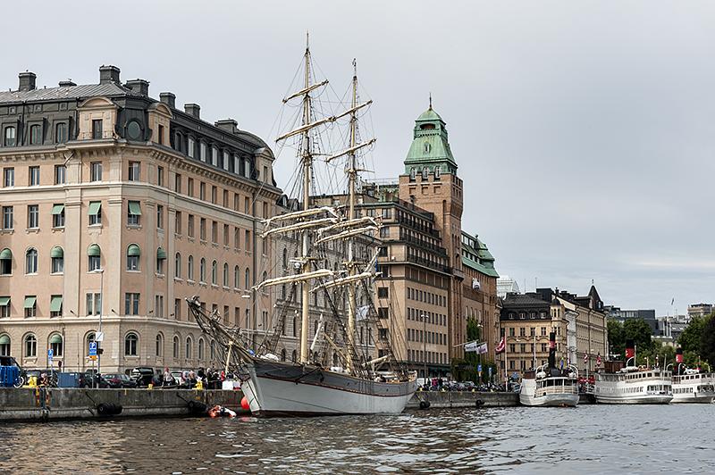 Stockholm by water, schooner