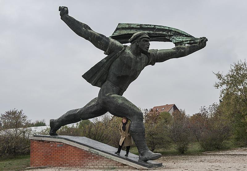 Republic of Councils Monument