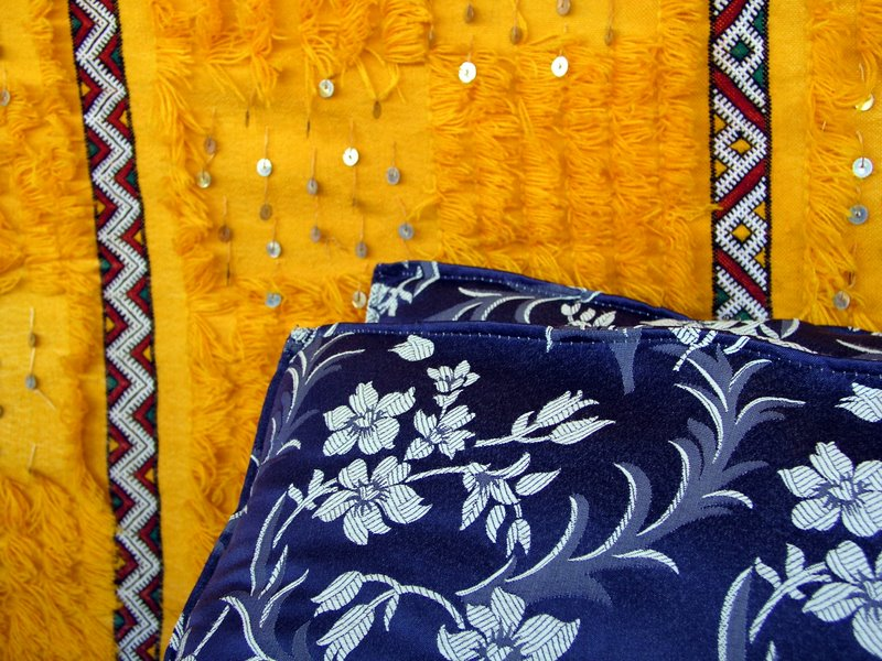 036 Sahara - Berber tent decor.JPG