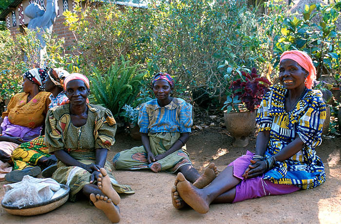 Women resting, Mua Mission