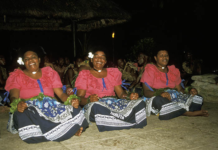Fijian song and dance performance