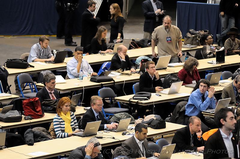 20080204-091-Obama_RallyA.JPG