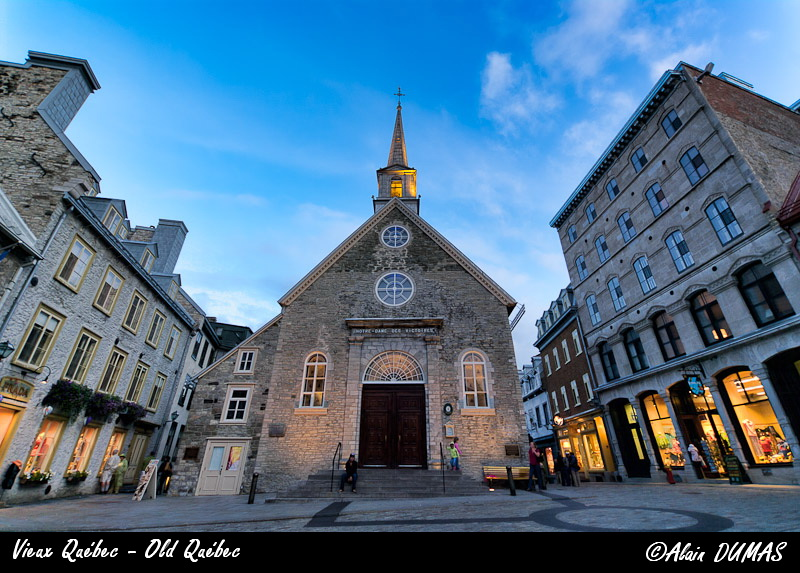 Vieux Québec - Old Québec ( Notre-Dames des Victoires Church )