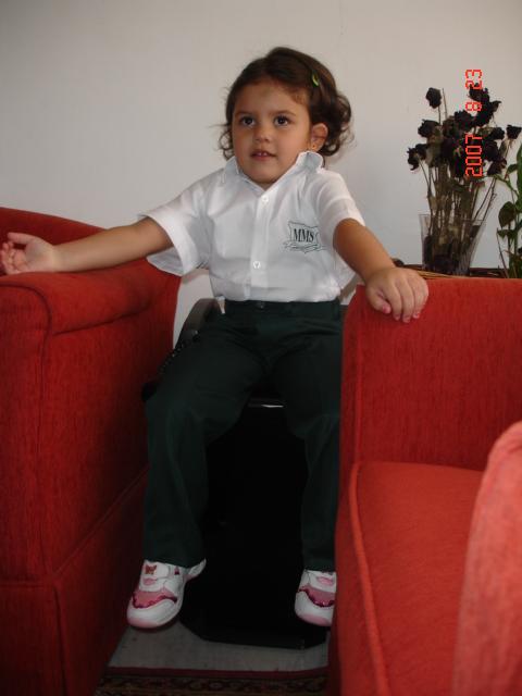Lara  Ready For School 010.jpg