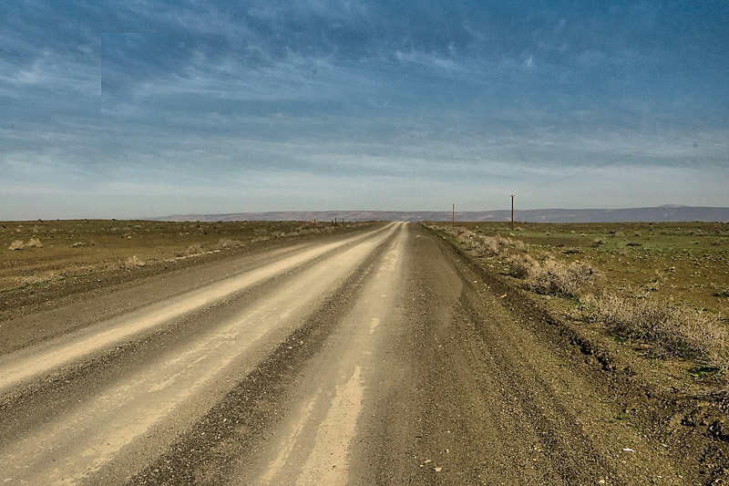 The road from Ceres to the Tanqua Karoo