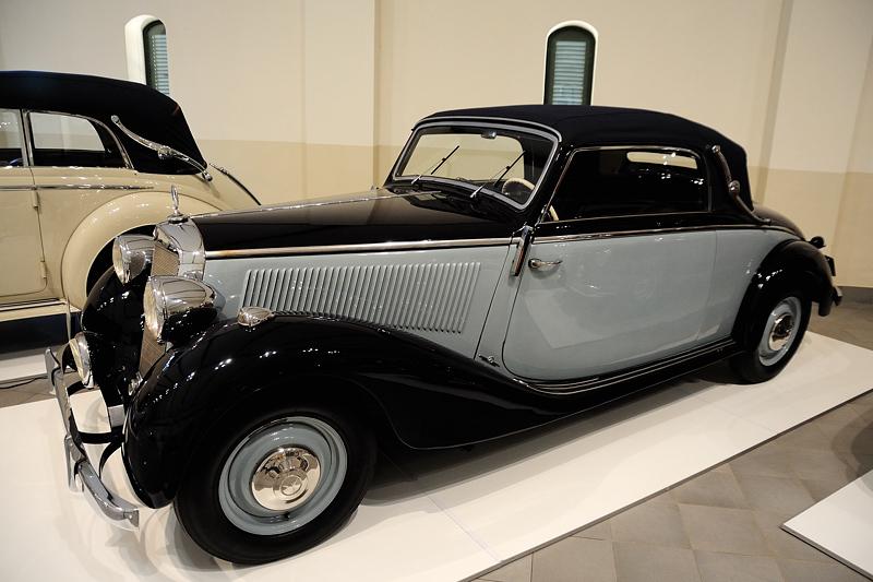 1939 Mercedes Benz 230 Cabriolet A