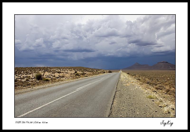 The road to Uppington