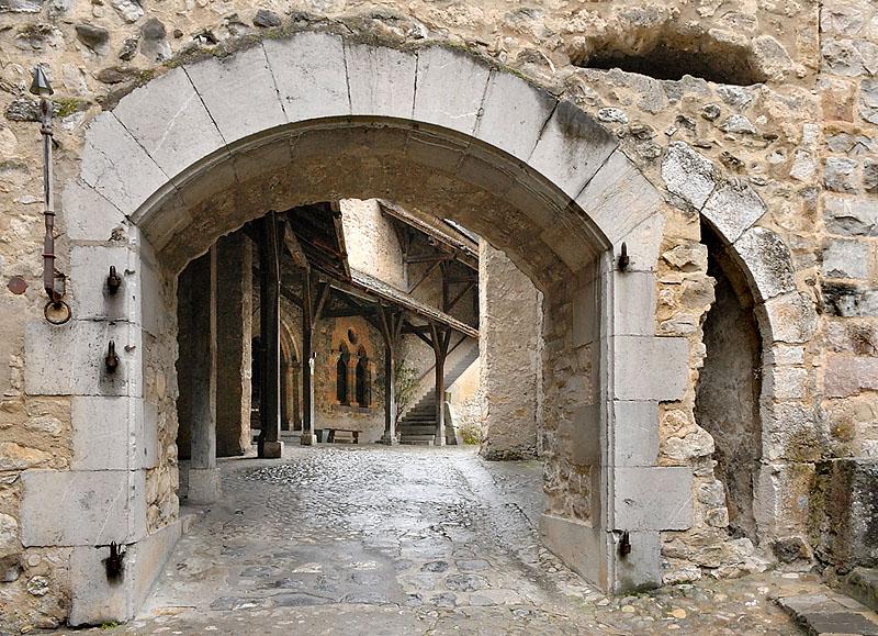 Gate between Yards