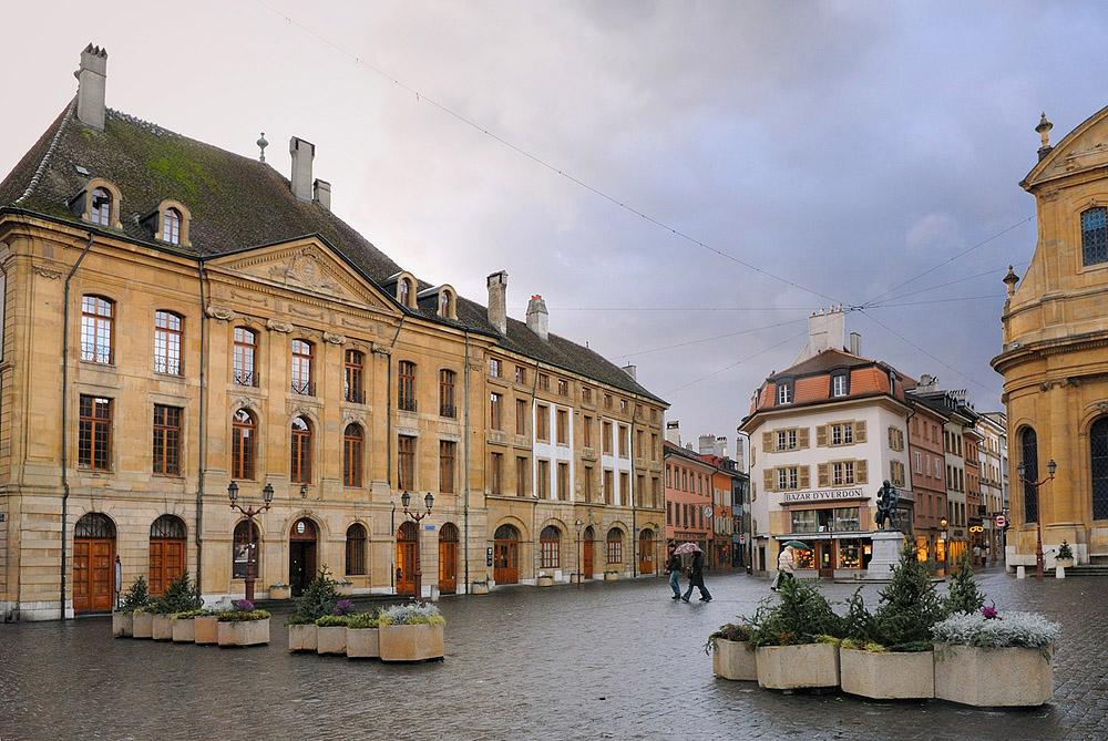 Town Hall and Place Pestalozzi