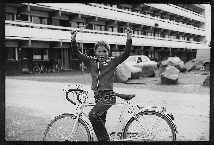 Boy with bicycle, Aqqartarfik blok 5