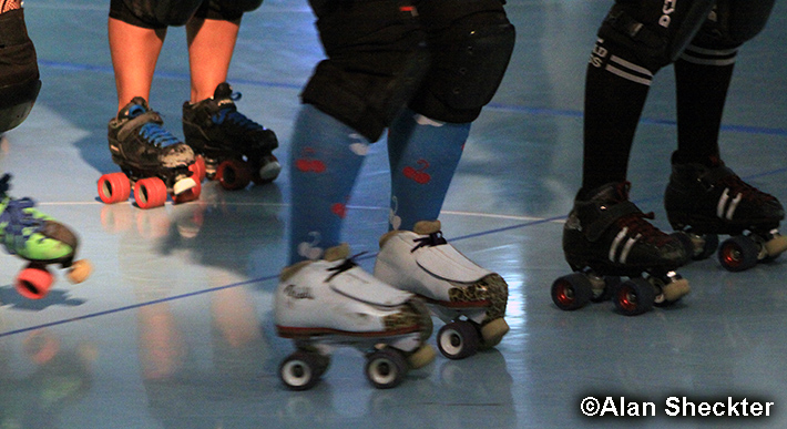 Skates in action