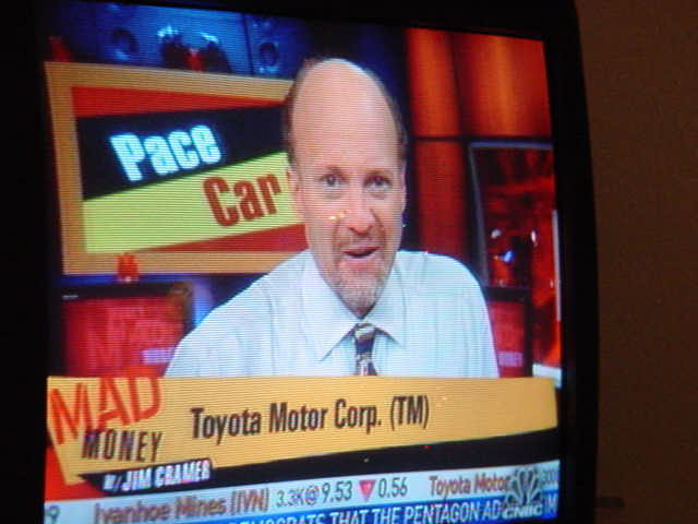 Toyota Motor [ TM ] <br>rated very strong buy <br> 122.98 ask 11/17/06