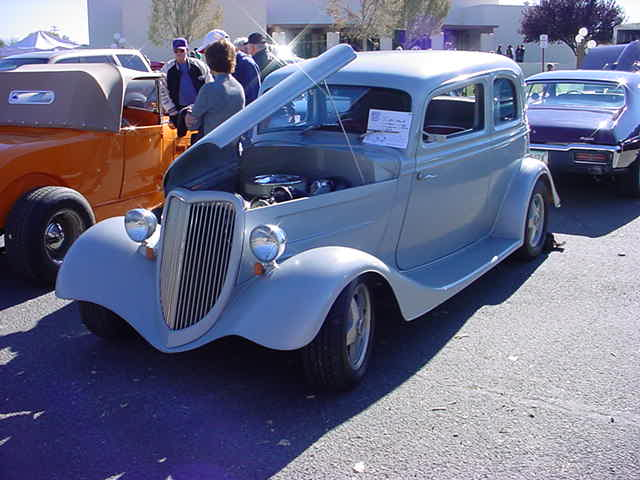 1933 Ford Vicky Sedan