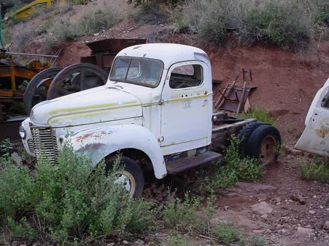 1948 KB-5 International