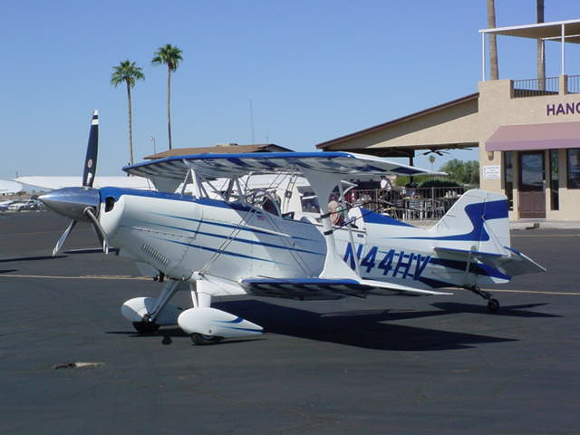 N44HV a biplane<br>is a fixed-wing aircraft