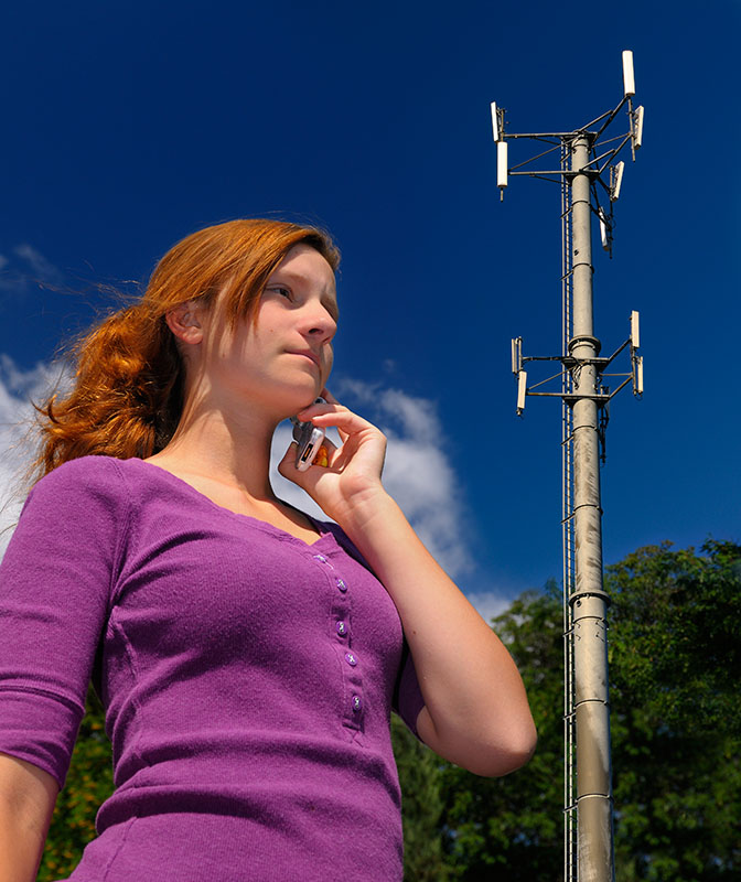 172 Cell phone and Tower 1.jpg