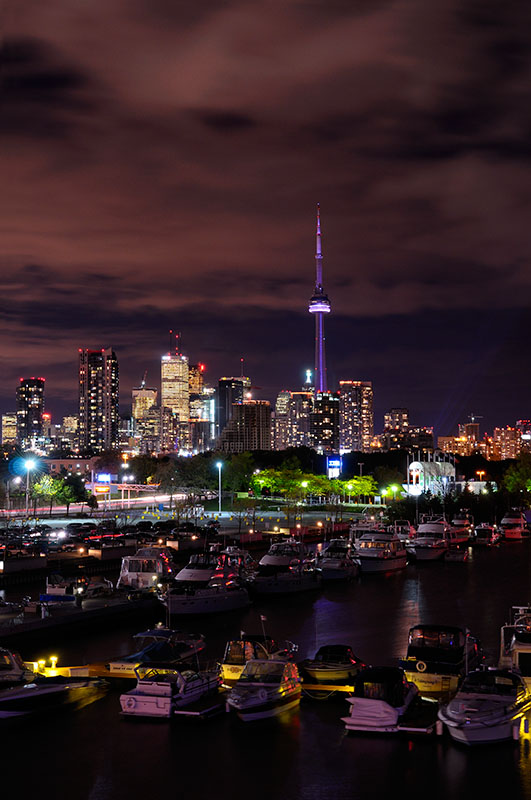176 Toronto Ontario at night 1.jpg