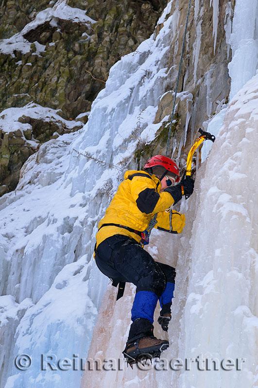 189 Iceclimbing Dave 4.jpg