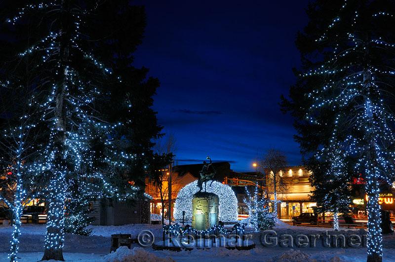 195 Jackson night lights 1.jpg