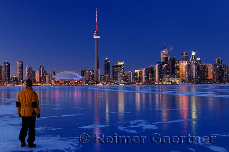 223 Toronto winter nightscape 1.jpg