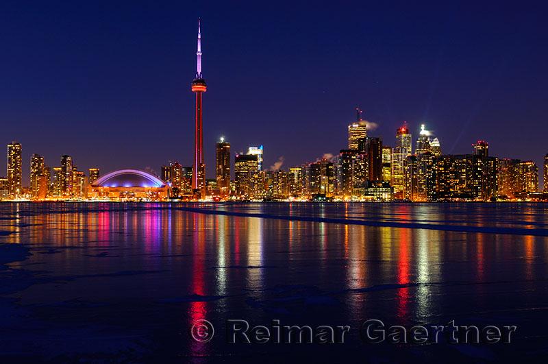 223 Toronto winter nightscape 4.jpg