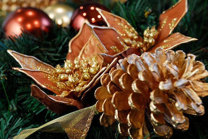 104 Christmas wreath 3.jpg