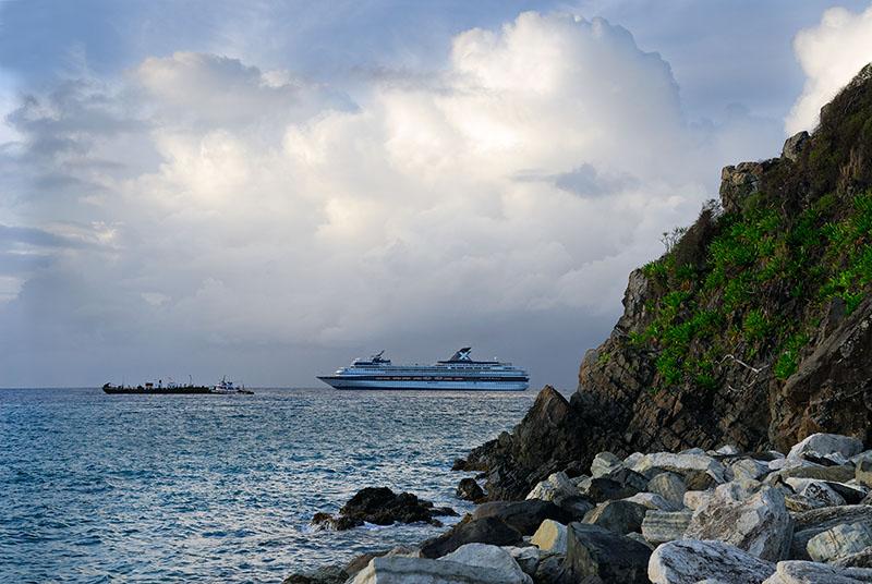 112 Sunrise cruise ship.jpg