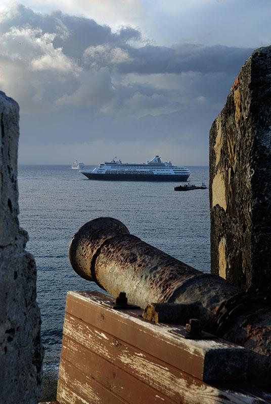 112 Canon on Ship.jpg